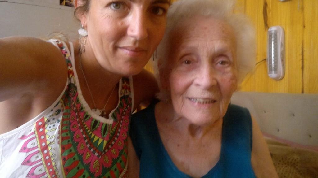 Valeria Cis abuela Cate 4